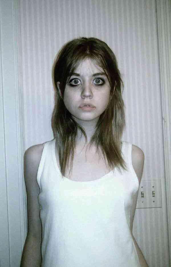 【閲覧注意】目が大きければ女性は可愛い、というわけではないらしい