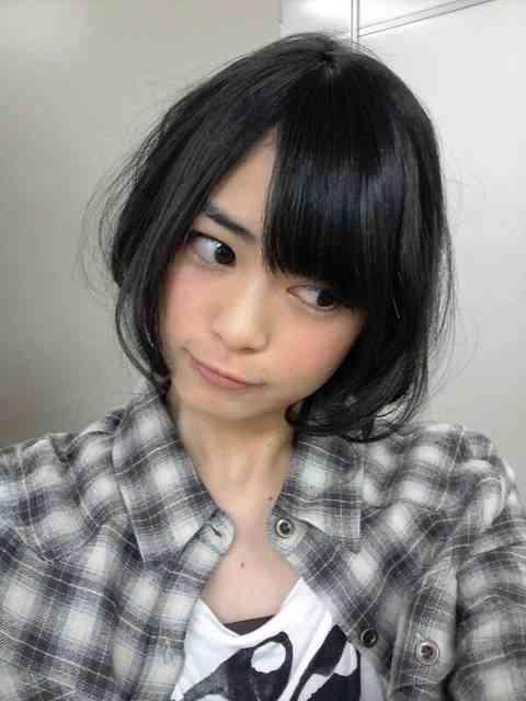 AKB48前田亜美、風呂あがりズボン履かずに寝る恥ずかしい写真公開w