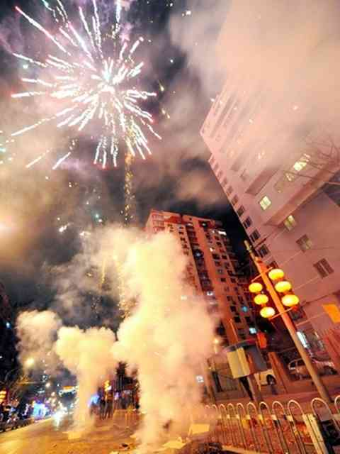 中国「お祝いだー!花火を上げるぞー!」→花火のせいで大気汚染が悪化