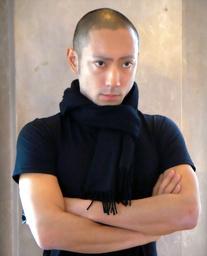 市川団十郎さんの死因について、精神科医が問題発言「不特定多数の異性交渉が白血病の原因に」