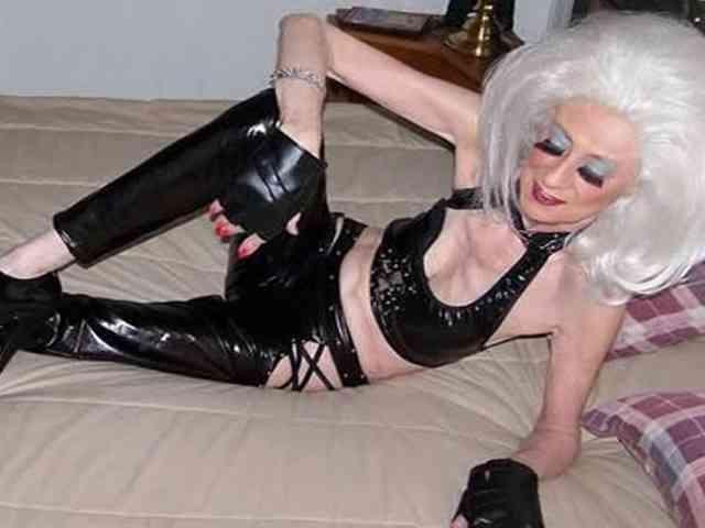 70歳代の女性が買春!? 年金受給者を対象とした熟女売春クラブ経営者の女が逮捕