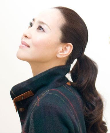 松田聖子、再々婚の夫「休日は運転手兼荷物持ちに」