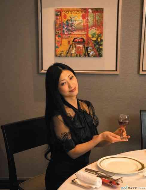 壇蜜、初の妄想グルメガイド「壇蜜の妄想レストラン~お伴するなら、こんなお店舗~」を発売