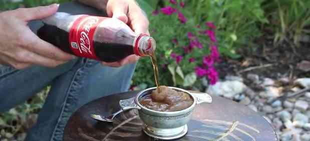 夏に嬉しいものすごいライフハック!炭酸飲料をフローズンドリンクに変える方法