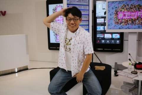 すっぴんのレディー・ガガ、オールヌードで過激ポーズ!!