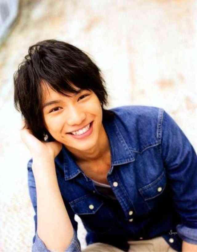 広末涼子主演の「スターマン・この星の恋」、初回視聴率は10.5%