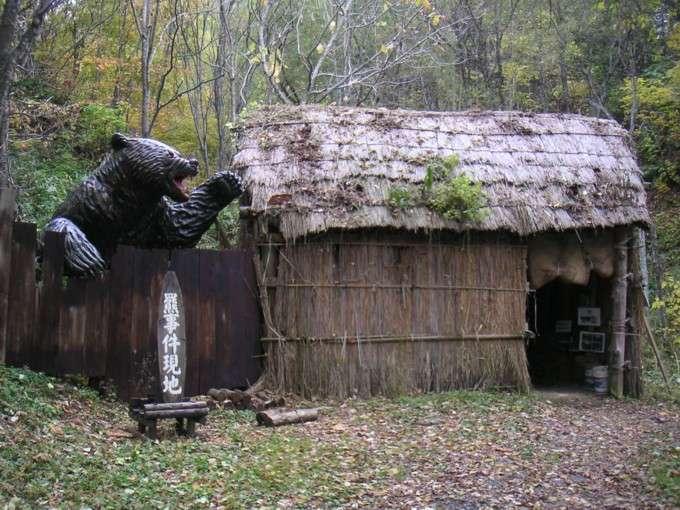 デヴィ夫人の映画の試写会見で映画の話NGに…「日本に猟友会などいりません!おなかをすかせて里に下りてくるクマをなぜ殺す」