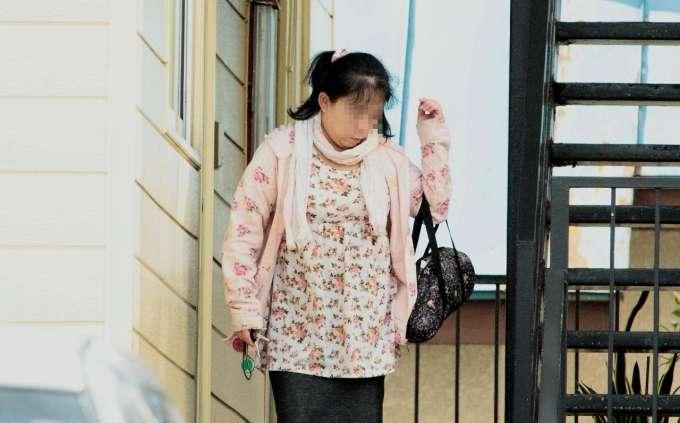 しまむら店員に土下座させ携帯で撮影した女(43)、強要容疑で逮捕!