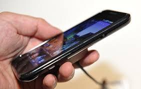 スマートフォンの不便なところありますか?