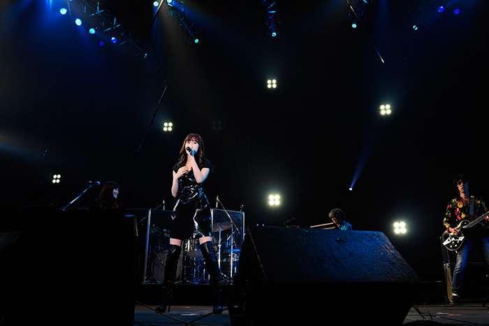 前田敦子、ロックフェス初出演に1万2千人が熱狂