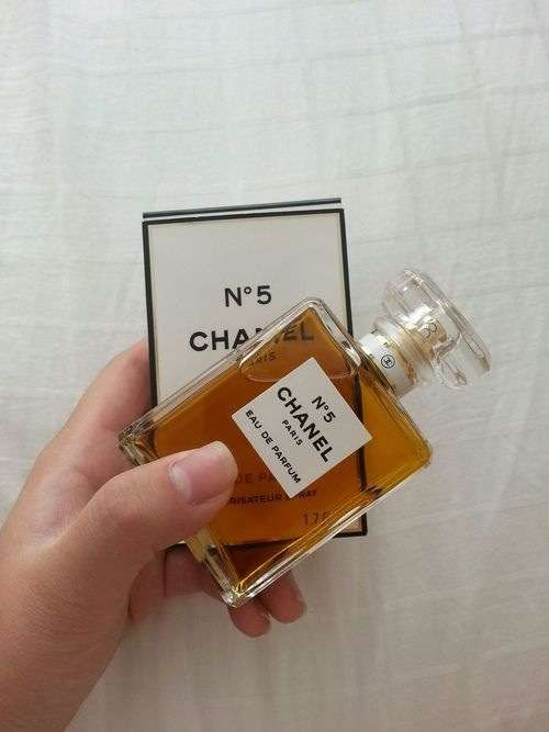 好きな!お気に入りの香水教えて〜!
