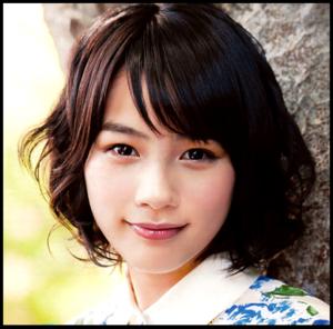 能年玲奈が化粧品CM初出演…大人びた雰囲気で魅了