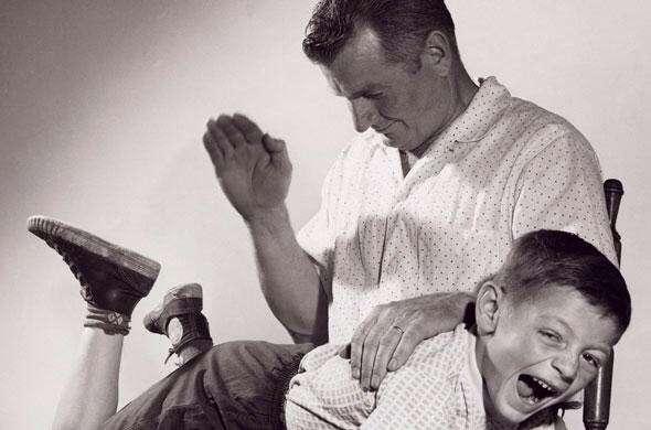 学生時代体罰を受けた人、今その先生をどう思っていますか?