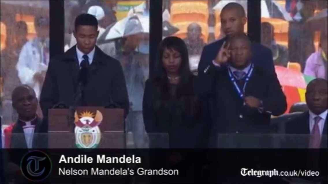 マンデラ追悼式でたらめ手話通訳者、過去に殺人、誘拐、強姦も…