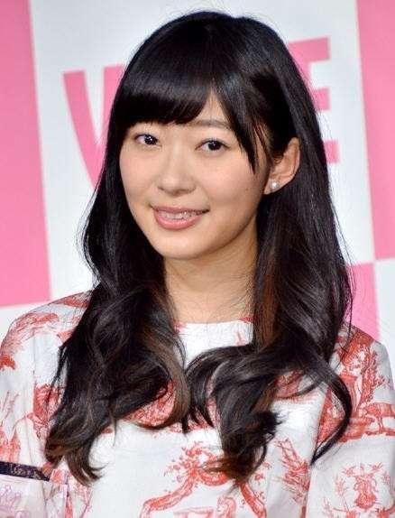 HKT48指原莉乃、主演映画『薔薇色のブー子』で衝撃の失神シーン…変顔「笑ってください」
