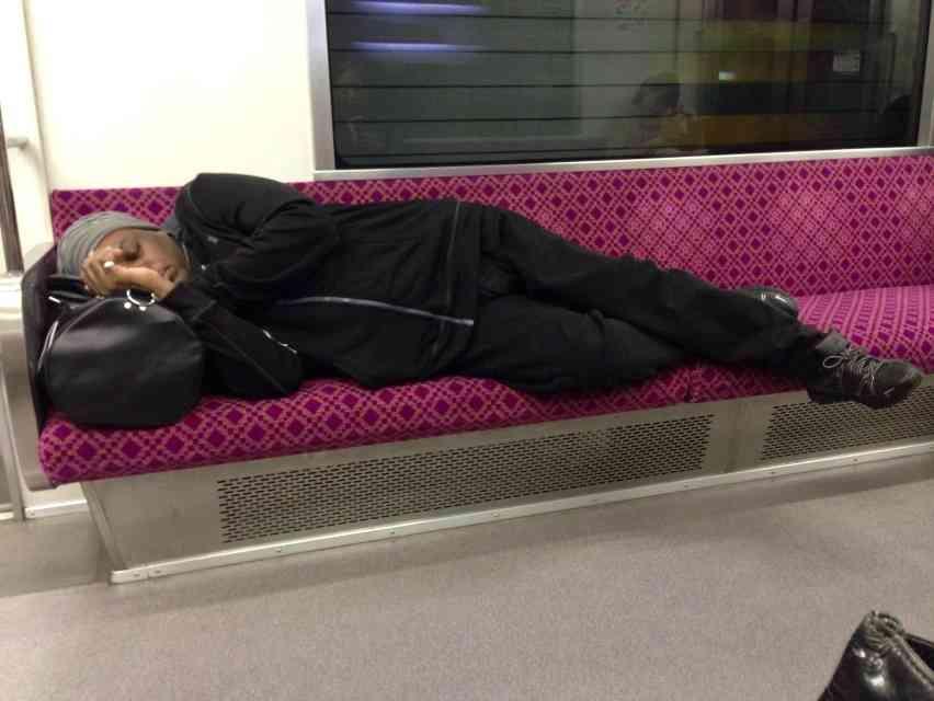 バスや電車で見た非常識な人