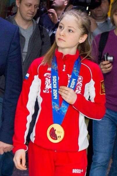 Yulia Lipnitskaya Gold Medal 【フィギュア】�...