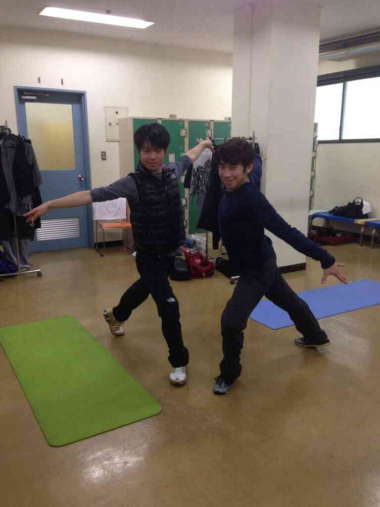 織田信成、羽生結弦とのお茶目な2ショット写真を公開