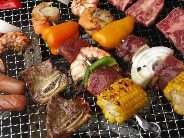 おいしそうな肉料理の画像を貼るトピ