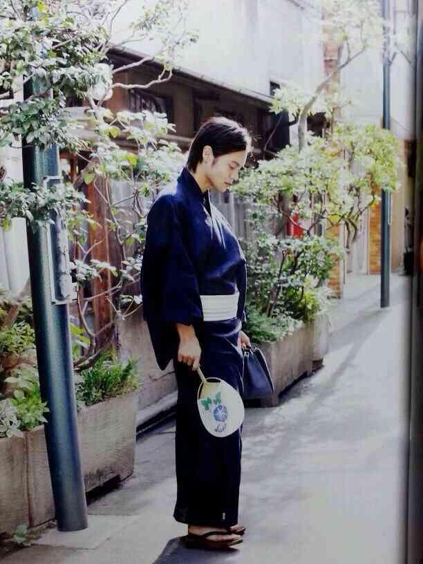 青い浴衣の窪田正孝