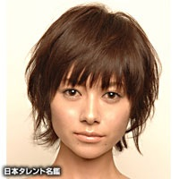 真木よう子、マッシュルームカットを披露!「ステキ!」「美少年のよう」の声