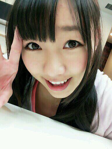 【元AKB48】板野友美、河西智美と赤裸々恋愛トークで興奮