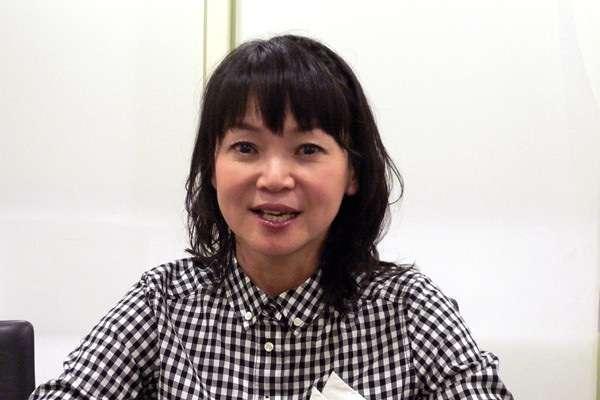 """声優の金田朋子が大島優子に""""変身""""、ざわちんのメイクテクニックで"""