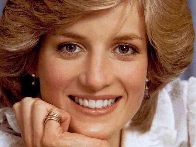キャサリン妃、2人目を妊娠 昨年のジョージ王子誕生に次ぐおめでた-英