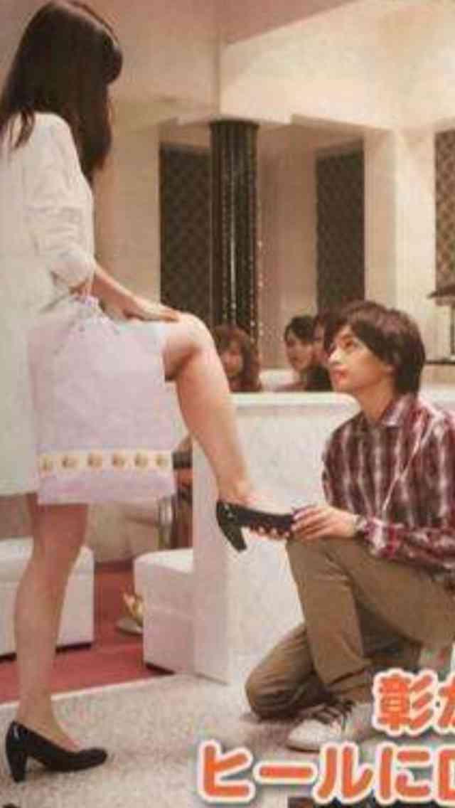 AKB48柏木由紀、新ドラマ「黒服物語」でジャニーズに靴を舐めさせ炎上していると話題に