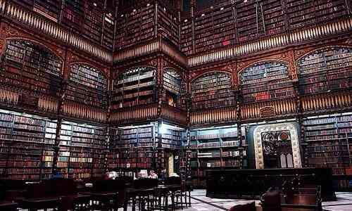 図書館好きな人
