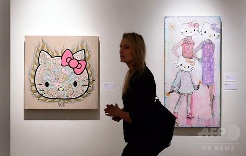 斬新なアートから懐かしい製品まで…キティちゃん誕生40周年、北米初の記念展示会