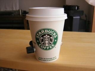 値上げの10月 家計の負担ズシリ コーヒー、自動車保険料も