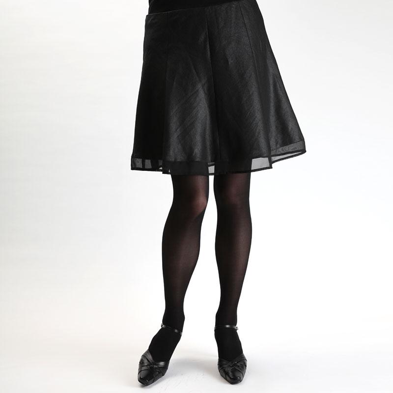 「毎日黒タイツ女子」にダサ警報!TPO別レッグウェアの選び方 +75  「毎日黒タイツ女子」にダ
