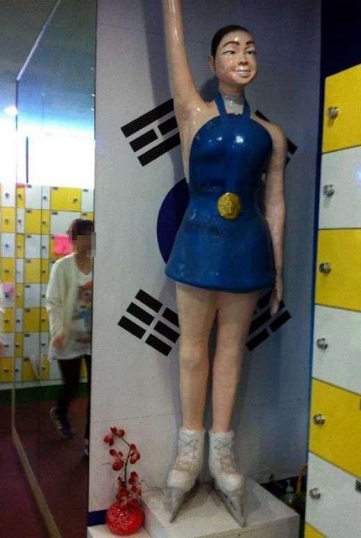 「気になってしかたない…」海外のおもしろマネキン人形の写真いろいろ