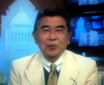 有賀さつきに離婚理由を暴露された元夫・和田圭氏、... 和田圭氏、直撃にも紳士的対応 | ガール