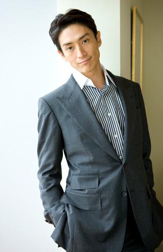ハリウッドでも通用すると思う20-30代の日本人俳優ランキング