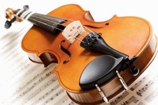SFなデザインの電子ヴァイオリンが超カッコイイと話題に!