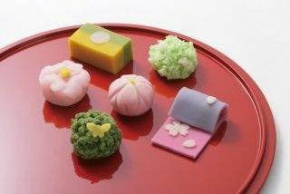 和菓子が好きな人!