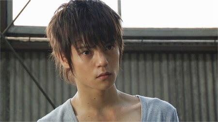 キスがしたい男子1位は櫻井翔(嵐)!世代別の10代女子部門でもNo.1に!!