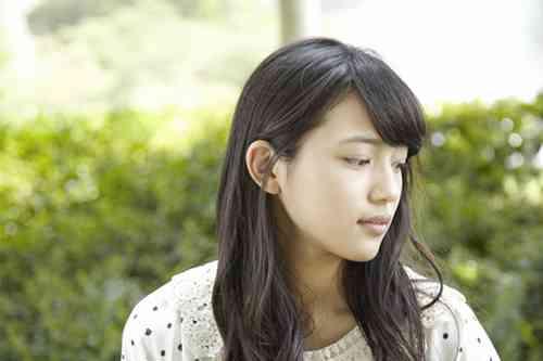 「低視聴率」に泣いた川口春奈、セクシー路線で狙う再浮上