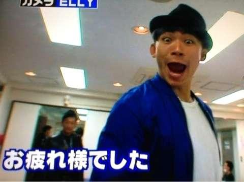 EXILE・NAOTOの腹筋見えセクシー写真にファン興奮!「エロすぎ」「キュン死」