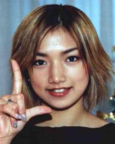 後藤真希 今月22日に挙式&披露宴 母の遺影にささげる花嫁姿