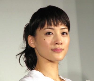 ぱっつん前髪が似合う女優