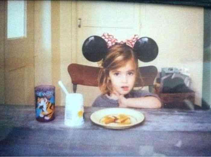 芸能人、有名人の幼少期の画像を貼っていこう