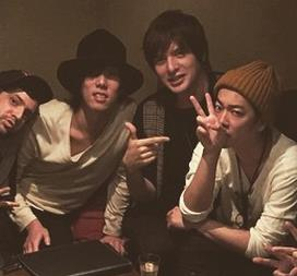 佐藤健の誕生日に城田優、三浦翔平、ONE OK ROCK・Takaら豪華メンバー集結!