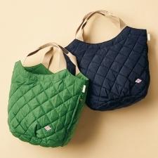 最近買った春物のバッグ、服