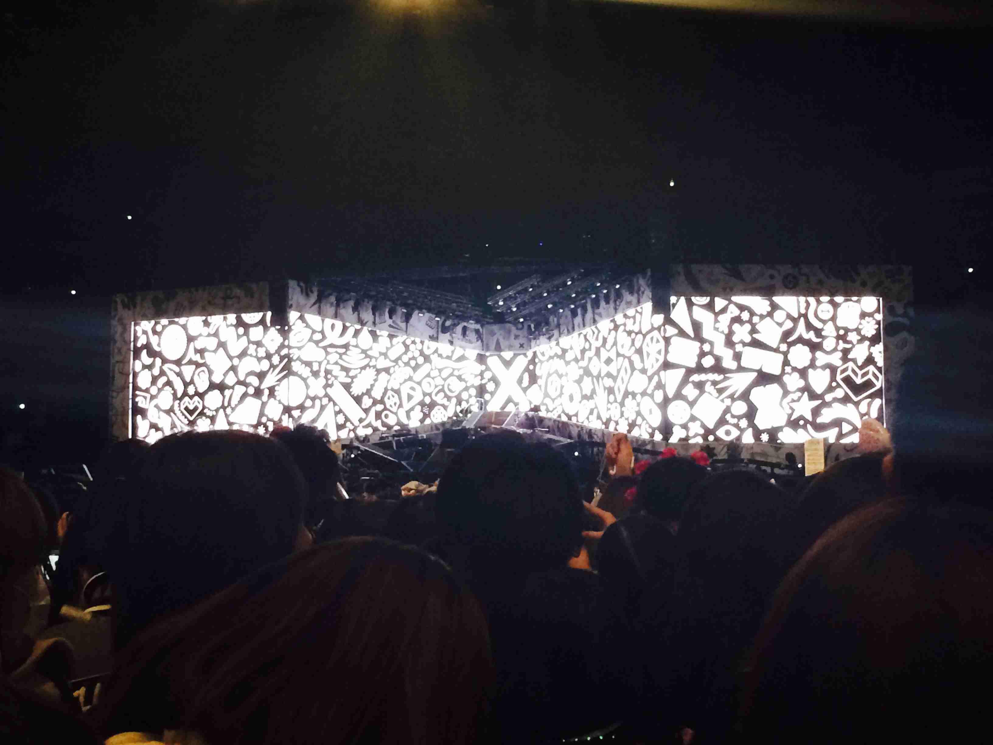 ライブの座席でステージから遠かった人