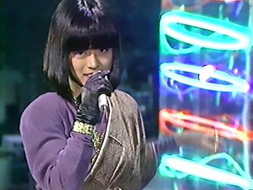 ビックリした歌手の衣装!!
