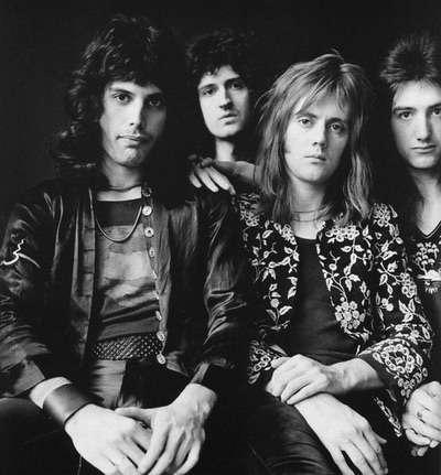 バンドの中でボーカル以上に美形がいるグループ
