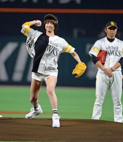 元AKB48・篠田麻里子の